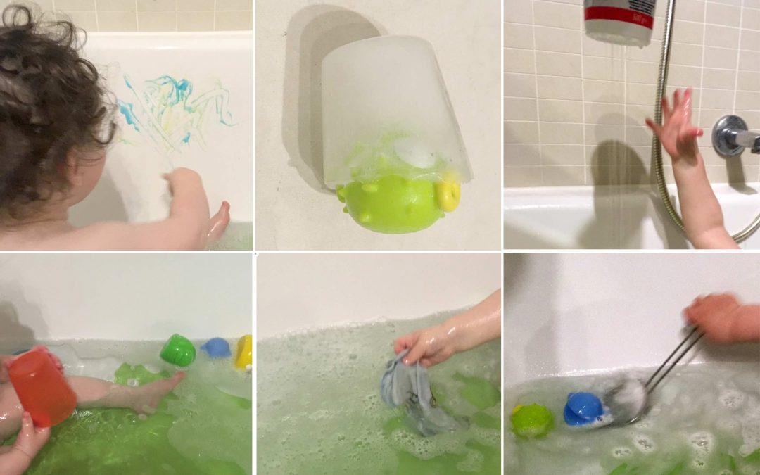 Badewannenspiele mit Einjährigen